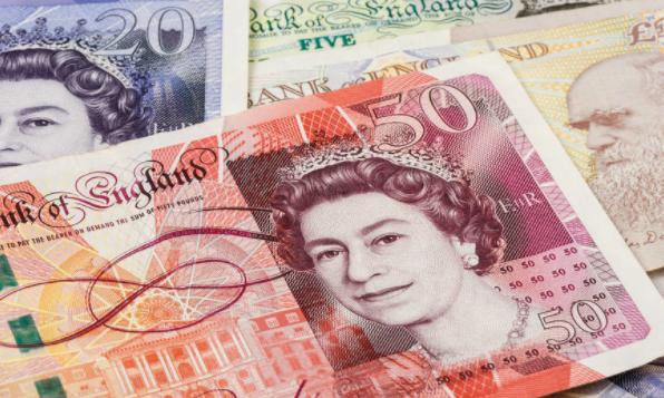 英镑跌至34年最低点位?